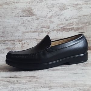 ⭕Like New! SAS Handsewn Black Leather Loafer